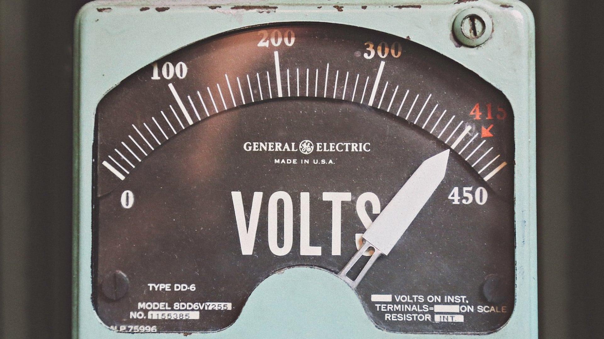 Comment obtenir une habilitation électrique dans le cadre de la formation continue ?