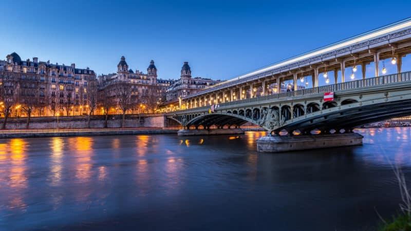 Organisez votre événement sur la Seine, à bord d'un bateau de luxe