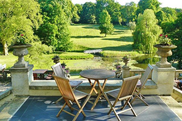 Comment aménager une terrasse accueillante ?
