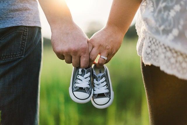 Comment maintenir son couple après la naissance de son enfant?