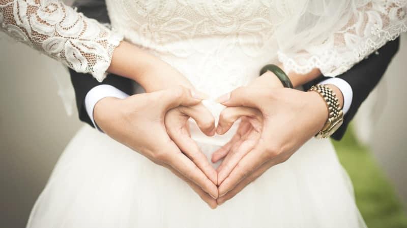 Gardez la tête sur les épaules pour votre mariage