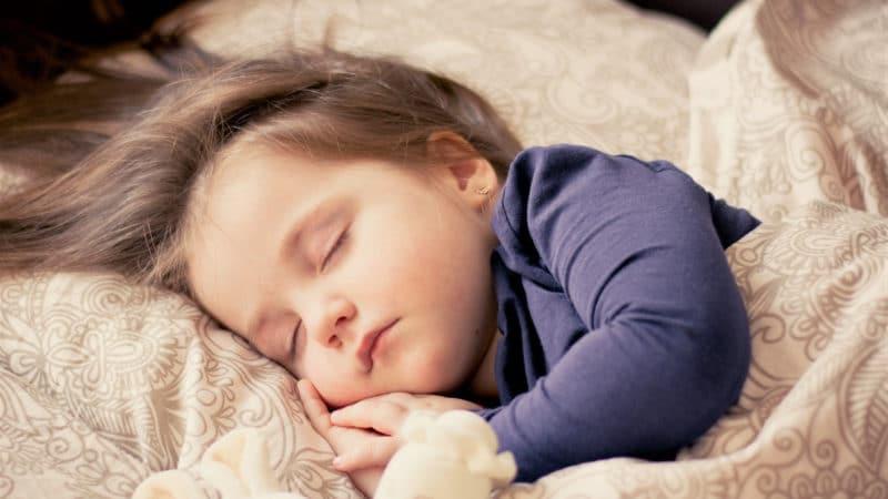 Les trois indispensables pour que votre enfant n'ait pas froid à la maison