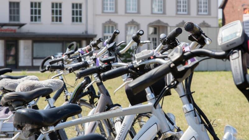 Louer un vélo électrique à Évreux, l'idée pratique pour vous déplacer en toute sérénité