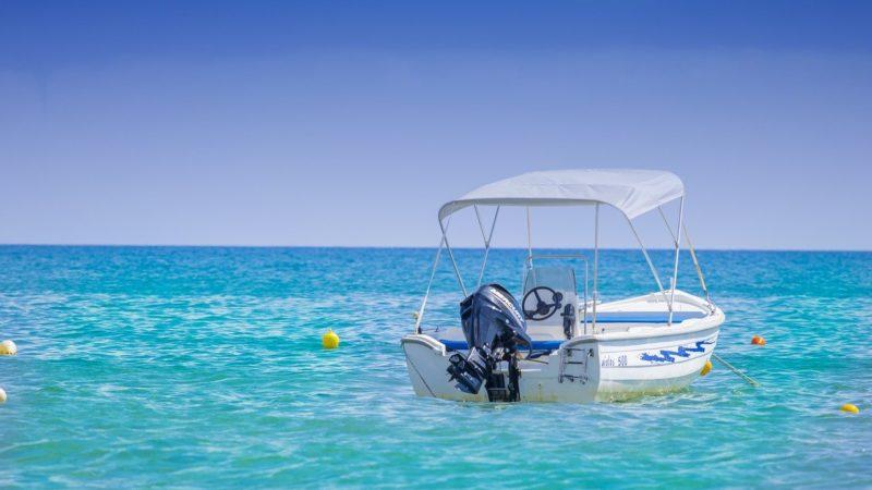 Pourquoi devriez-vous louer un bateau en Grèce pour faire des excursions ?