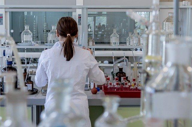 Comment l'immunothérapie intervient-elle dans le traitement de l'oncologie ?