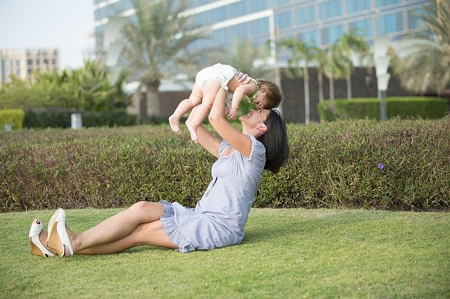Recherche d'une babysitter fiable et disponible :  comment faire ?