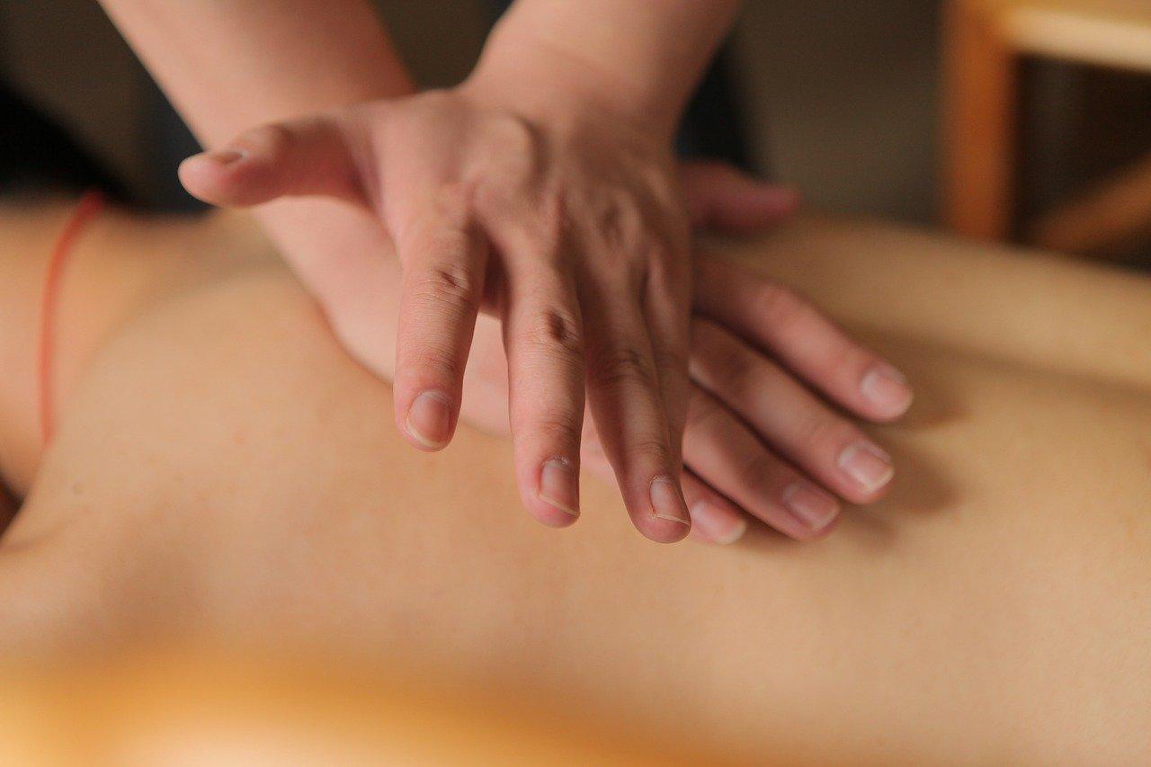 Comment réussir une séance de massage autonome ?