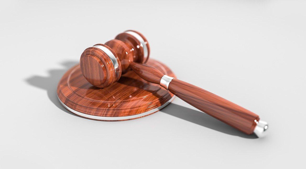 Comment bénéficier de la protection de la loi?