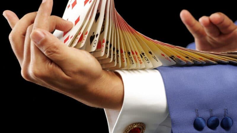 Événements d'entreprise : pourquoi recourir aux services d'un magicien ?